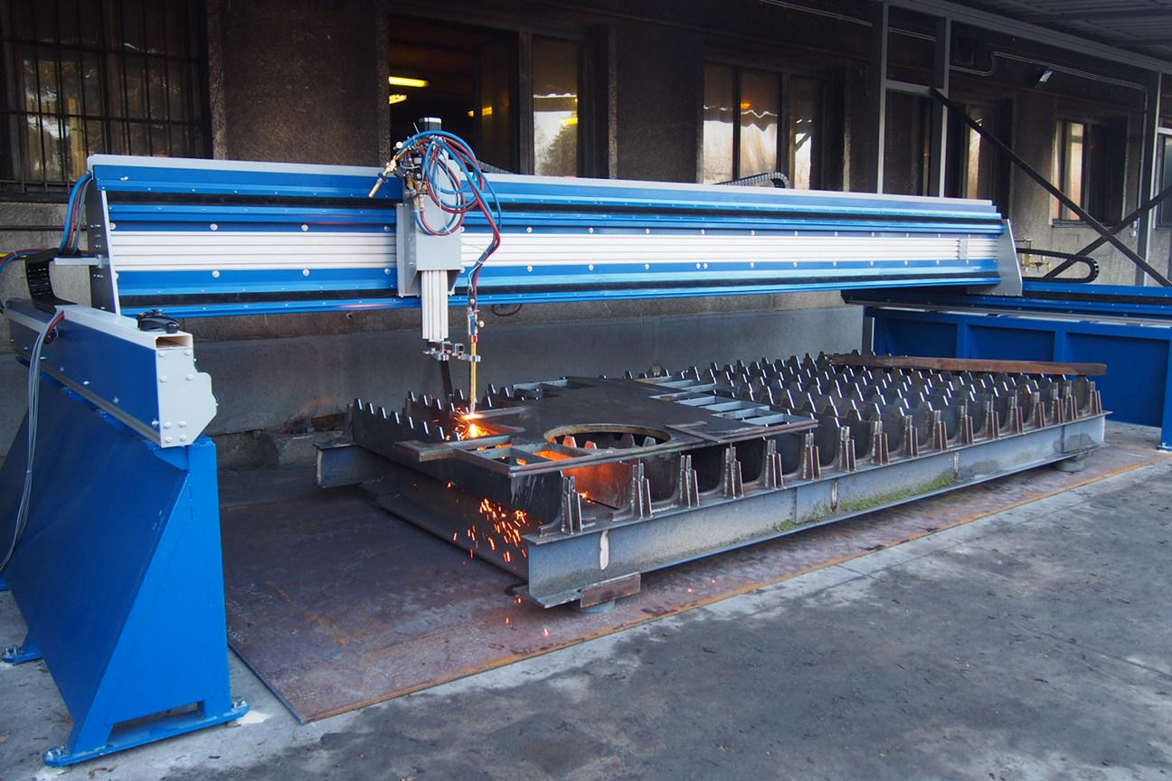 CNC F7030 Lángvágó